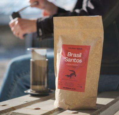 Have you tried freshly roasted coffee?;We roast every week;buy Gourmet Káva coffee